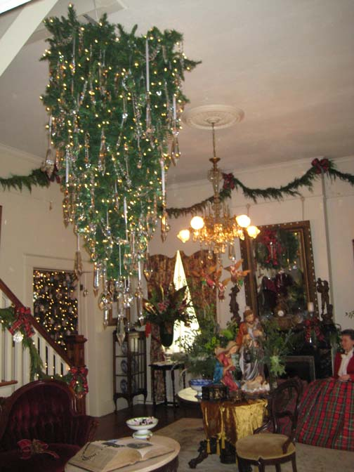 What Does An Upside Down Christmas Tree Mean | Home Decorating ...